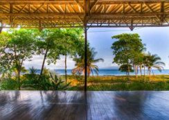 yoga-deck-beach-costa-rica-namaste-400x284